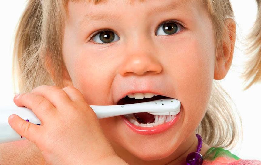 Campaña para concienciar sobre el cepillado de dientes en la infancia