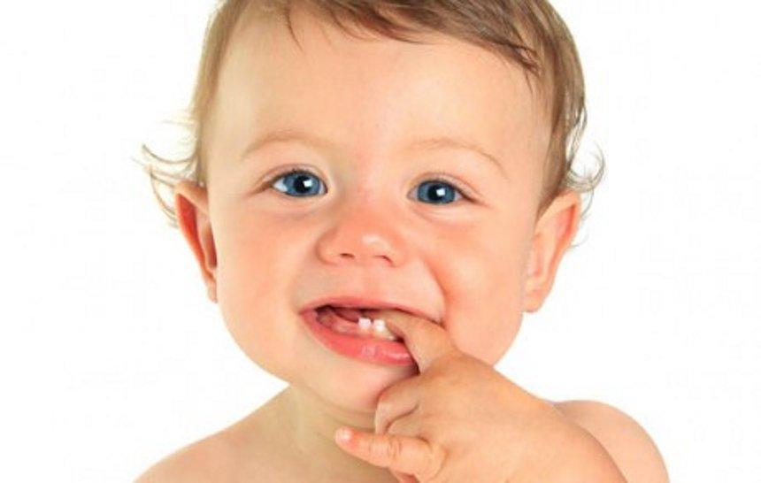 Dolor en la erupción dental del bebé