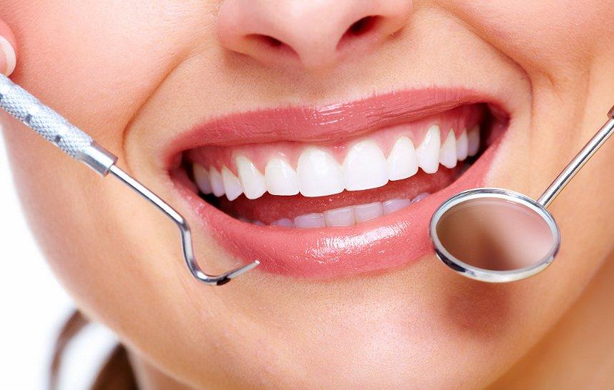 ¿Qué hacer si se mueve un diente?
